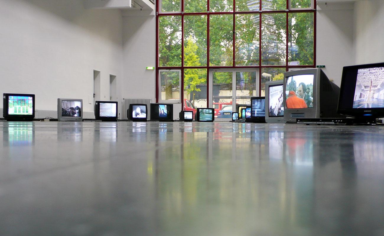 Fuenf 02 – Neues Kunstforum Koeln