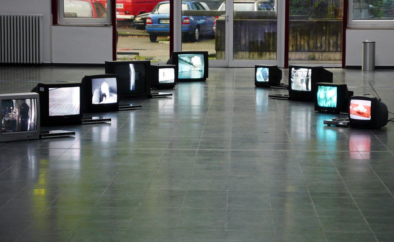 Fuenf 03 – Neues Kunstforum Koeln